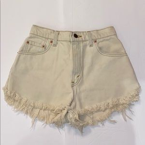 Levi's Cream Denim Jean Shorts Relaxed Fit